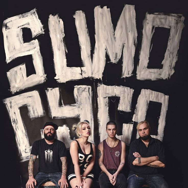 In this Dream Tour segment, the metal band, Sumo Cyco, shares the acts that they would include on their ultimate tour lineup.