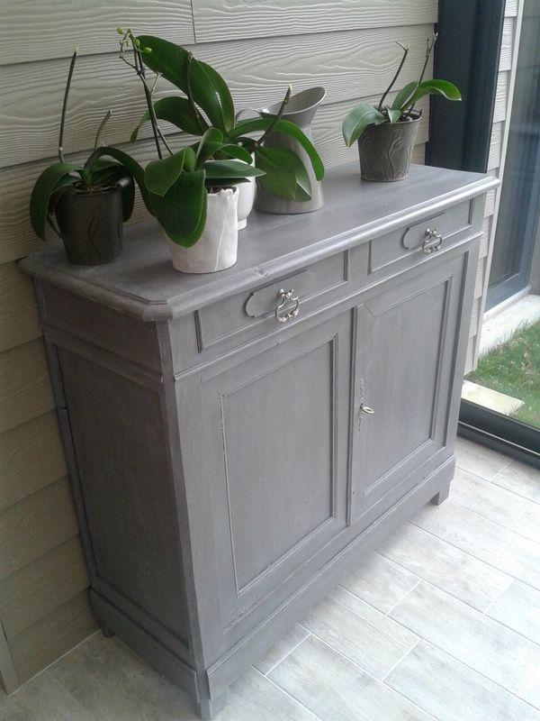 1000 id es propos de buffet gris sur pinterest meuble for Meuble peint en blanc