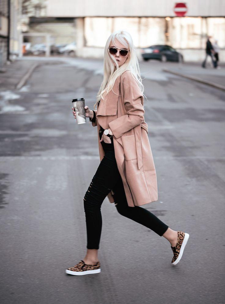 CASUAL COFFEE Fashion secrets with Oksana waysify