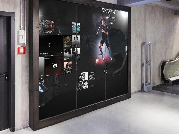 Neue Nike 3x4 Video Wall (Foto: Achim Hatzius)