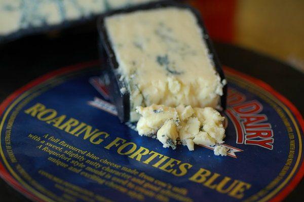 roaring 40 tasmanian blue cheese