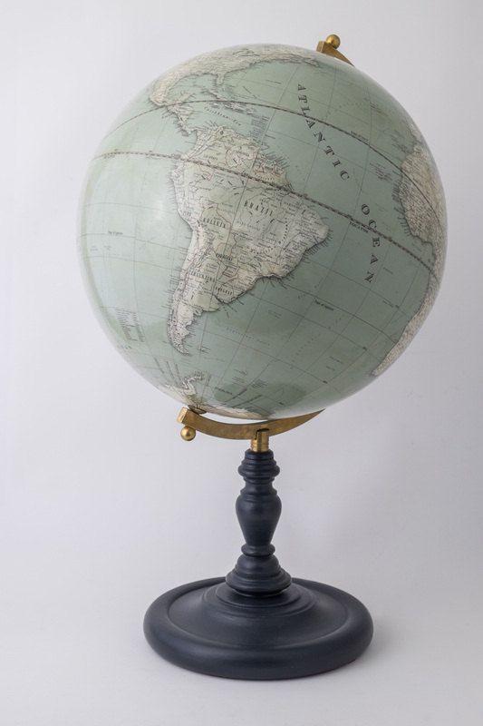 17 meilleures id es propos de globe terrestre vintage sur pinterest girly globe terrestre. Black Bedroom Furniture Sets. Home Design Ideas