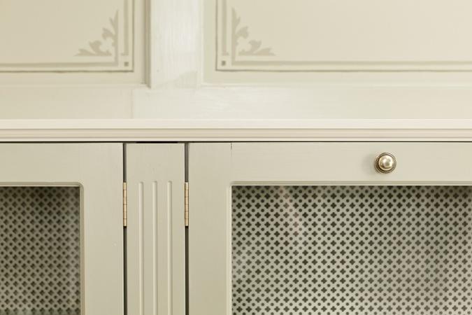 Poiat furniture details