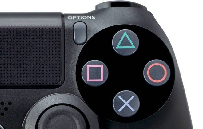 A Sony se explicou quanto ao elevado preço do PlayStation 4 no Brasil. Segundo Mark Stanley, chefe da divisão latino-americana da companhia, eles perderão dinheiro mesmo cobrando R$ 4 mil pelo console.Em entrevista aoUOL, o executivo disse que por causa dos impostos do país a Sony Brasil teve de ti