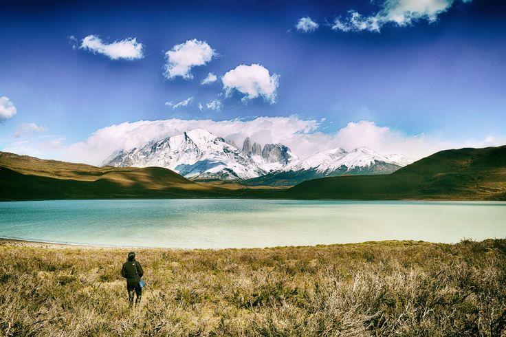 Dit zuidelijke deel van het Chileense Patagonië staat bekend om zijn adembenemende landschappen: hoge bergen, gouden pampa's en massieve ijsbergen.
