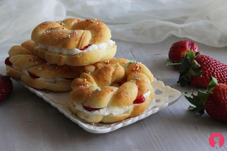 Ricetta+corona+di+Pasqua+ricotta+e+fragole