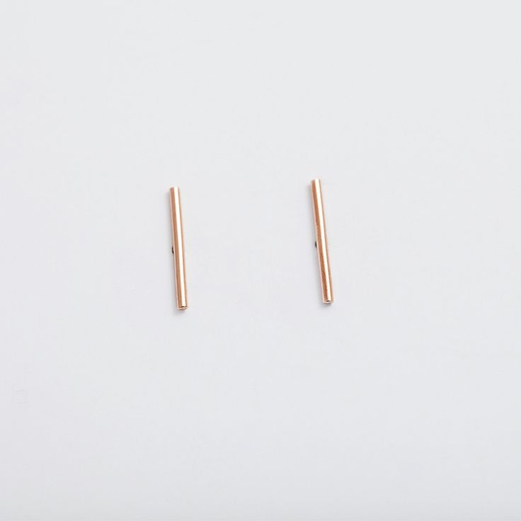 14k rose gold LINEA earring / PAUZE atelier / pauzeatelier.com