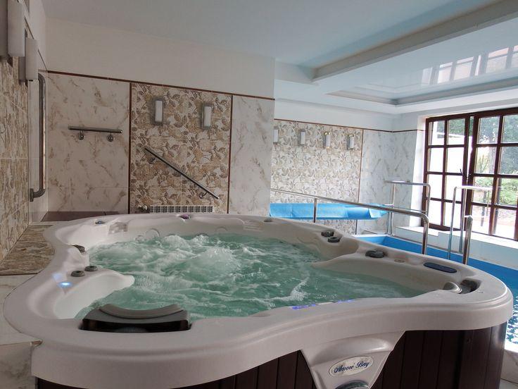 Do dyspozycji gości w strefie wodnej hotelu jest również jacuzzi. Wyposażone w 5 pomp oraz kilka programów masaży, jednocześnie korzystać może z niego 7 osób.