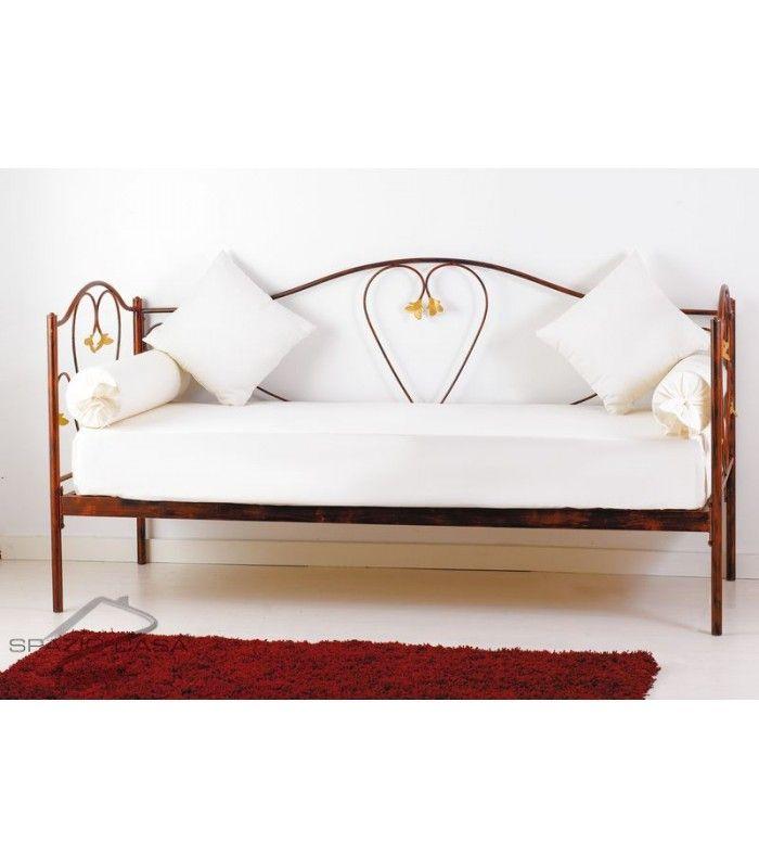 Divano letto in ferro battuto lavorato e decorato nei minimi dettagli, fornito comprensivo di struttura e rete ortopedica in legno di faggio a doghe (12 doghe) #divanoletto #ferro battuto