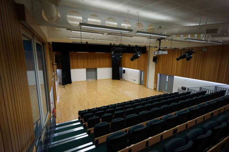 Peforming arts space combined with teaching areas and a reception designed to house visitors alongside the grand piano