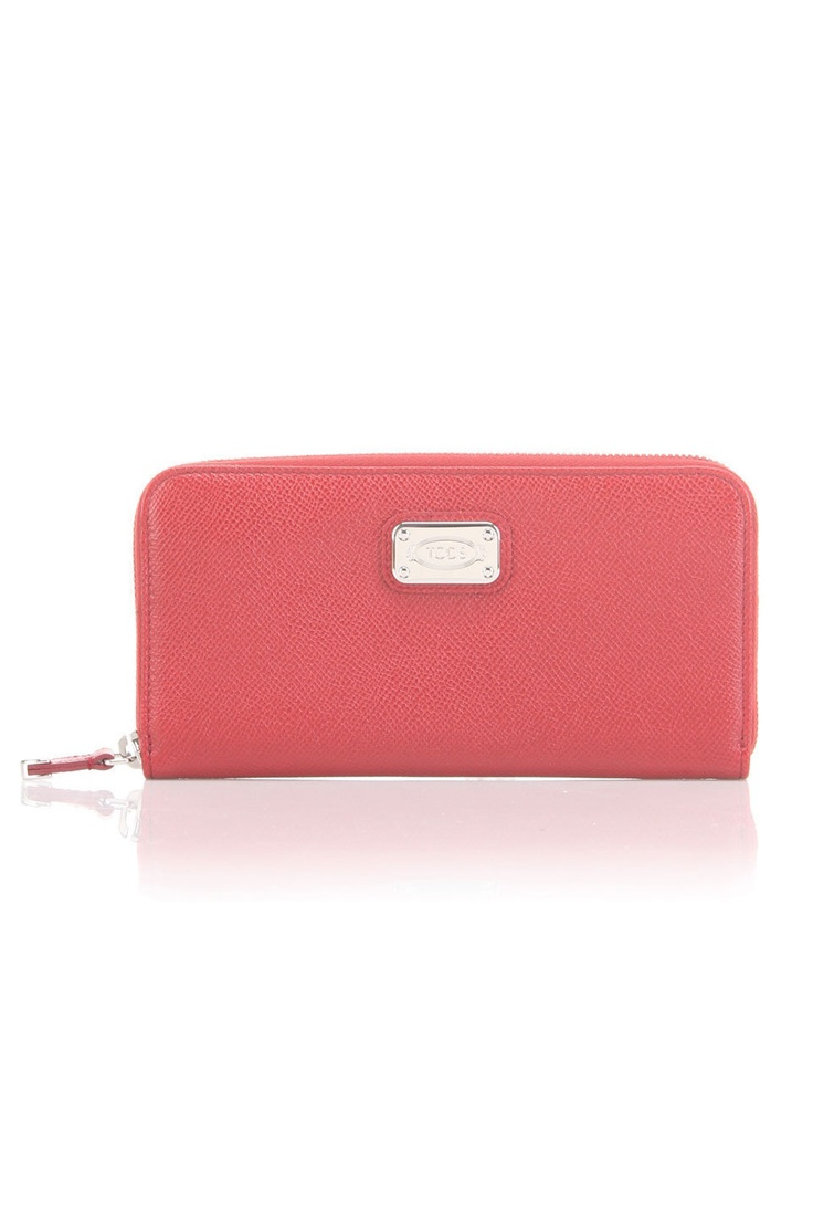 coral leather: Color