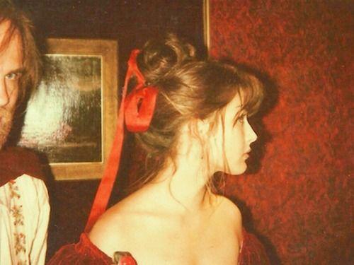 Sophie Marceau on the set of La note bleue (Andrzej Zulawski - 1991). Photo by Christine Catonné.