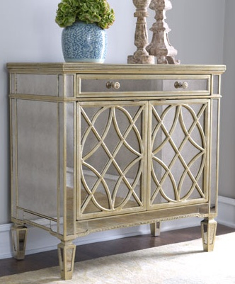 beautiful mirrored chest (perfect for a foyer)