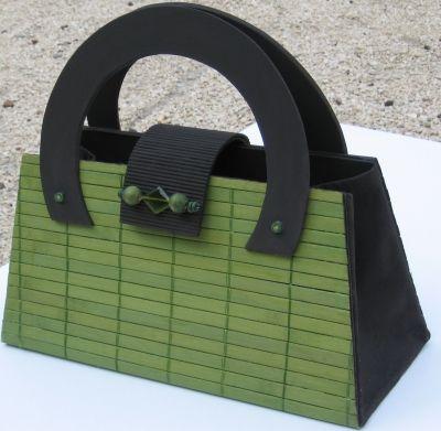 sac main en carton sac main en carton vert vous tes fan de cartonnage montrez nous. Black Bedroom Furniture Sets. Home Design Ideas
