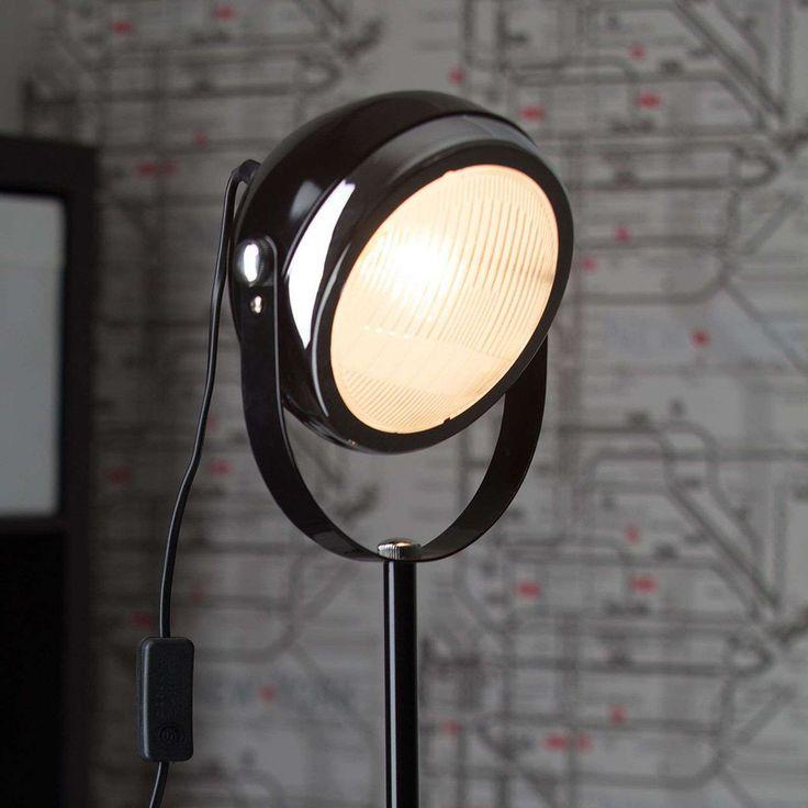 Lampadaire A Spot Rider Noir De Brilliant Lampadaire Projecteur Sur Pied Et Lampe Exterieur Design