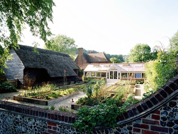 Raised beds and greenhouse: Farmhouse Gardens, Houses Gardens, Gardens Houses, Dreamy Houses, Greenhouses Kitchens, Kitchens Gardens, Cottages Greenhouses, Beautiful Gardens, Dreams Gardens