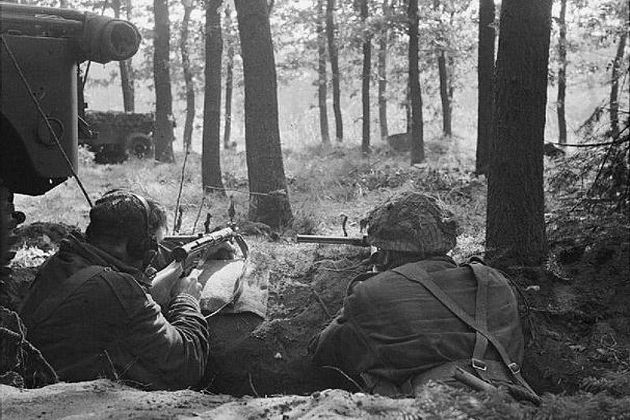 WWII British Commando Operations (large article) - http://www.warhistoryonline.com/war-articles/wwii-british-commando-operations-big-article.html