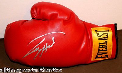 LARRY HOLMES SIGNED AUTHENTIC EVERLAST BOXING GLOVE w/COA THE EASTON ASSASSIN