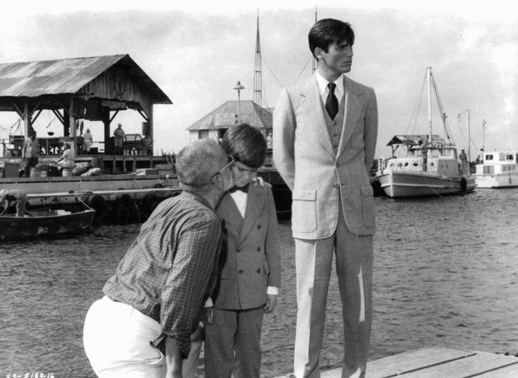 Still of Hart Bochner, George C. Scott and Brad Savage in Islands in the Stream (1977)