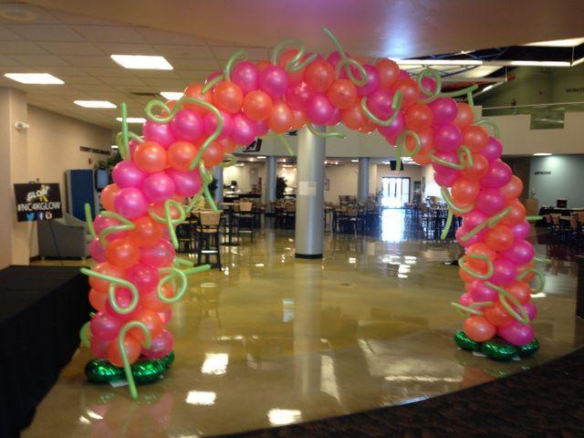 Balloon artist Steve Mattson from Creative Distinctions LLC in Columbus, OH