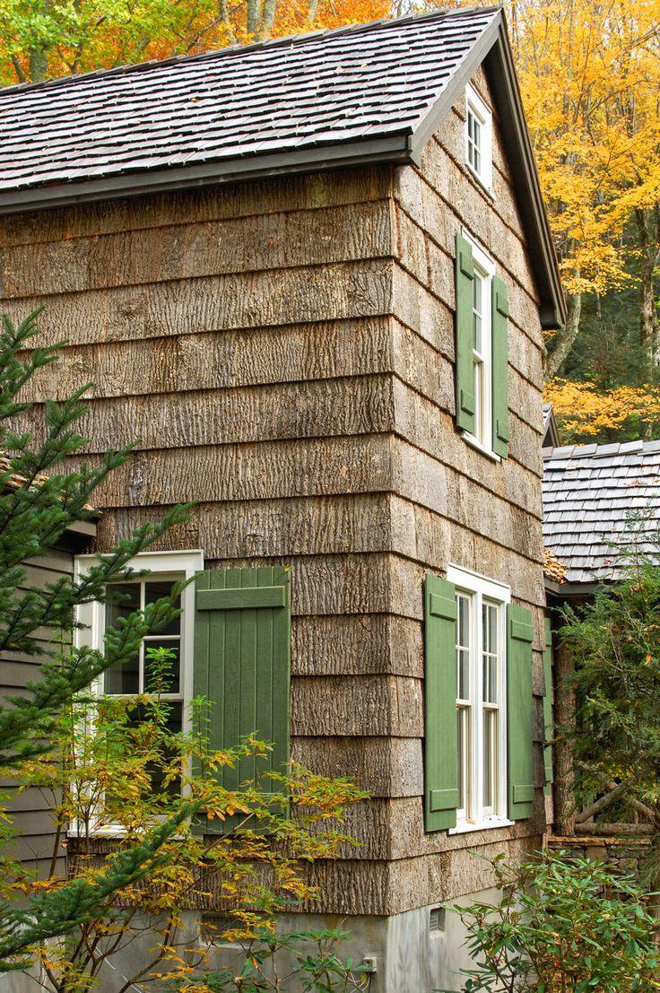 Best 25 green shutters ideas on pinterest shutter for Bark house siding
