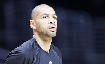 NBA : Dans la peau de Nicolas Batum - http://cpasbien.pl/nba-dans-la-peau-de-nicolas-batum/