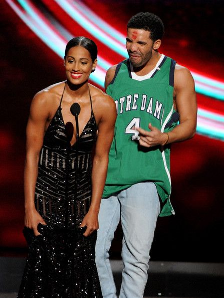 Skylar Diggins and Drake Photos - (R-L) ESPYs host Drake with WNBA player Skylar Diggins onstage during the 2014 ESPYS at Nokia Theatre L.A. Live on July 16, 2014 in Los Angeles, California. - Inside the 2014 ESPYS — Part 2