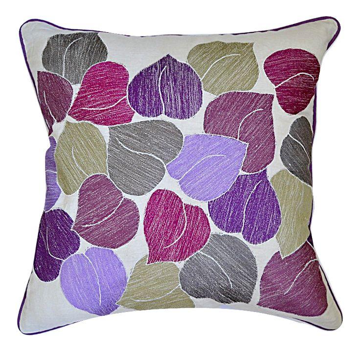 Декоративная подушка FOLLAJE 50х50см с вышивкой.