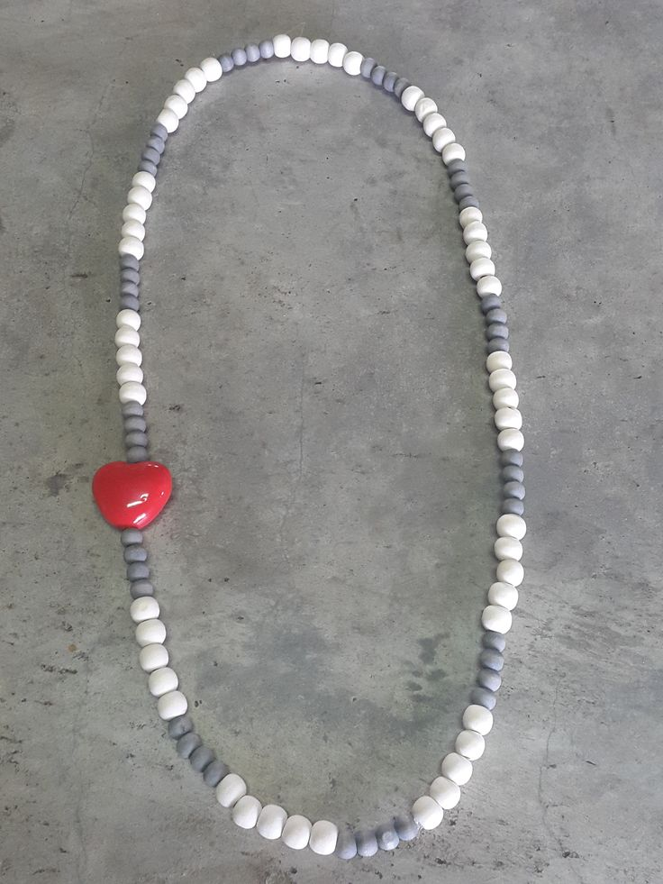 Necklace with natural en grey wooden beads and red heart