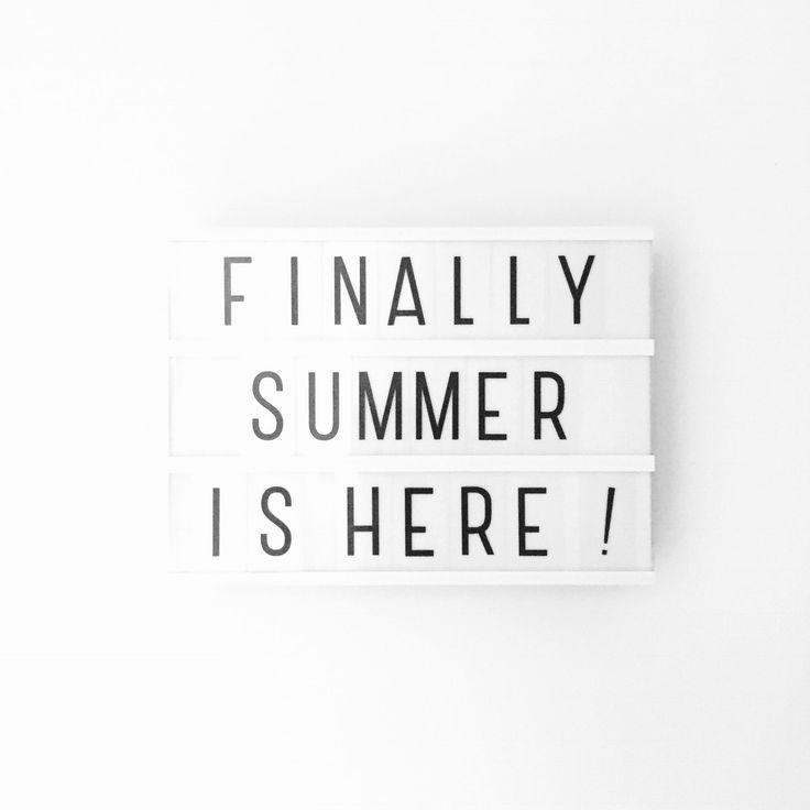 Eindelijk de zomer! Okay, nog niet helemaal, maar de temperaturen lopen deze week op tot 28ºC ☀️. Dus alvast heerlijk genieten deze week! Einde weerbericht. Hele fijn week iedereen  • #shs #studiohappystory #cakestudio #designercakes #creativecakes #girlboss #business #online #design #graphic #foodie #instafood #momo #motivationalmonday #motiverendemaandag #maandag #monday #motivation #lovelylittlelightbox #happyandsweet #glorioussweets #lightbox #type #snap #weekly #words #summer #zomer