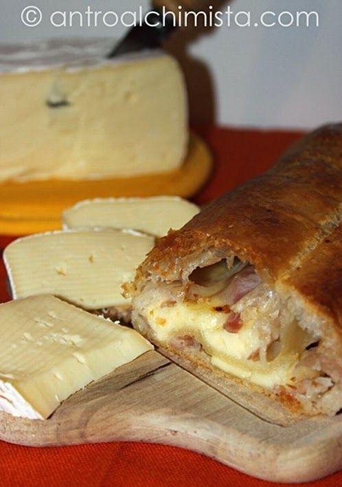 L'Antro dell'Alchimista: Strudel Salato con Pancetta e Caciottina - Savory Strudel with Bacon and Caciotta Cheese