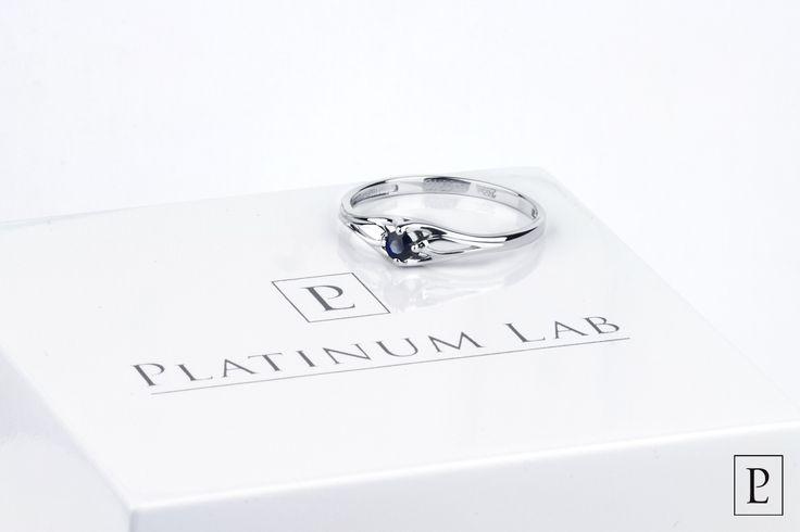 Сделайте незабываемый подарок для своей возлюбленной – удивительное кольцо из платины с синим сапфиром!  Give the exclusive present to your sweetheart - the marvelous platinum ring with a blue sapphire. #кольцо #помолвочноекольцо #сапфир #ring #rings #brilliant #jewellery #newyear #forher #present #platinum #PlatinumLab #jewelry #forher #cute #beautiful #ювелирныеизделия #подарок