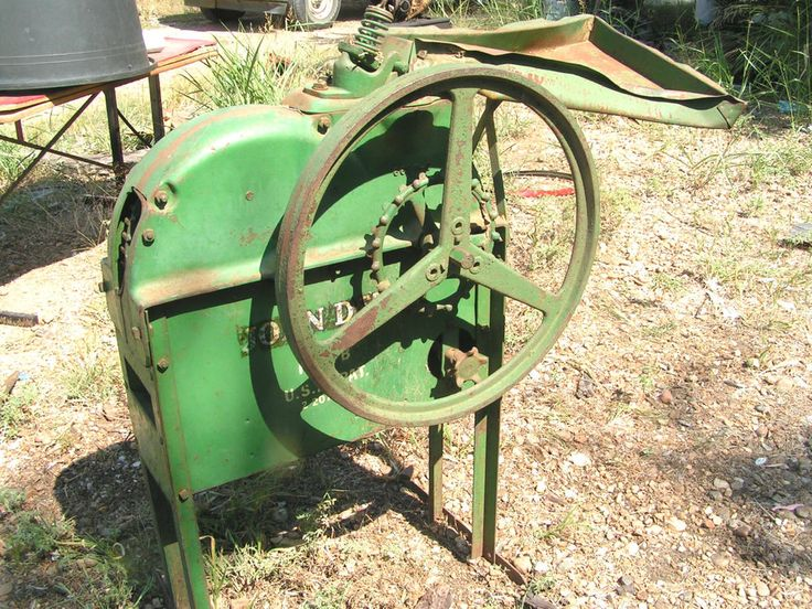 Antique John Deere Seat : Antique john deere farm equipment hand crank corn sheller