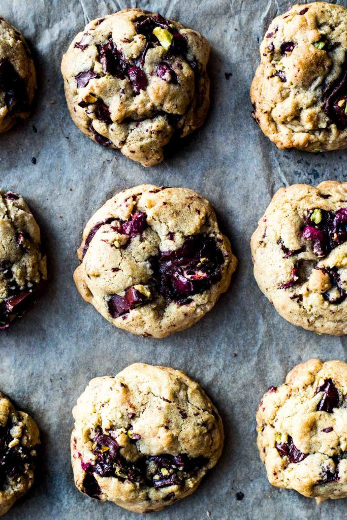 These cookies are pretty darn great and are perfect for the holiday season (and all winter long if you ask me!) They come together fairly quickly even though you're making your own chocolate cranberry bark. Instead of butter these are made with coconut oil so they're dairy free for all my lactose intolerant friends out there. I actually …