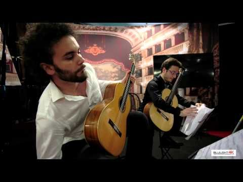 classical guitar - Sforzesco Castle of Milan - Expo 2015 - YouTube