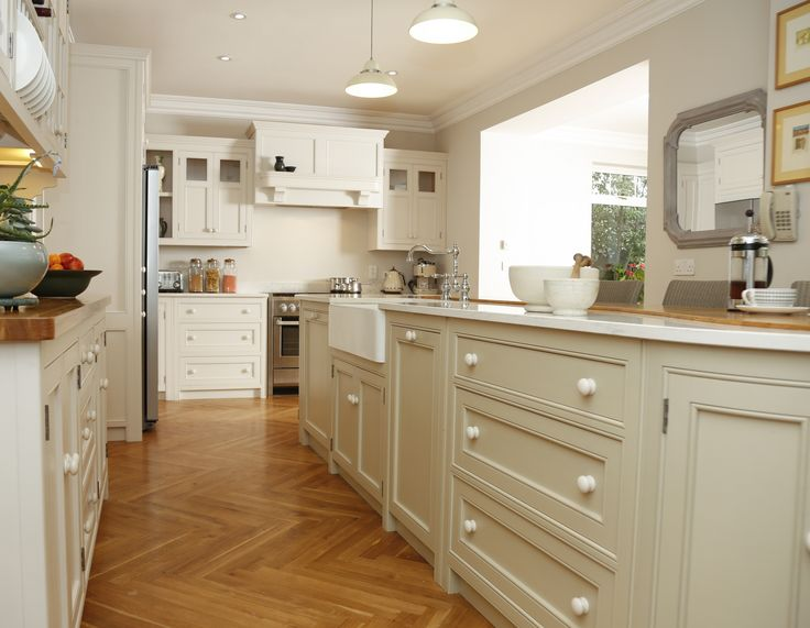 linehans design has been a leader in the design and manufacture of fitted kitchens and custom made furniture in cork since