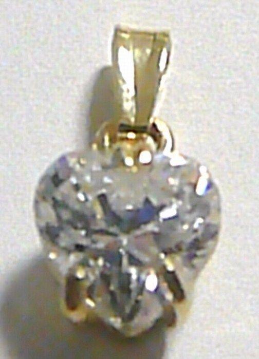 Zlatý přívěsek - velké mohutné zirkonové srdce 585/1,44 gr H149