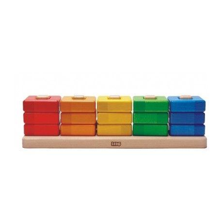 Drewniana zabawka już dla roczniaka:)  15 elementowy Zestaw Bajo 38130 - Drewniana Piramida Kwadraty ze specjalną podstawką z zamocowanymi kółkami do nauki kolorów oraz liczb.   Jak działa? Sprawdźcie sami:)  http://www.niczchin.pl/zabawki-drewniane/2191-bajo-38130-piramida-kwadraty.html  #bajo #drewnianezabawki #piramida #zabawki #niczchin #krakow