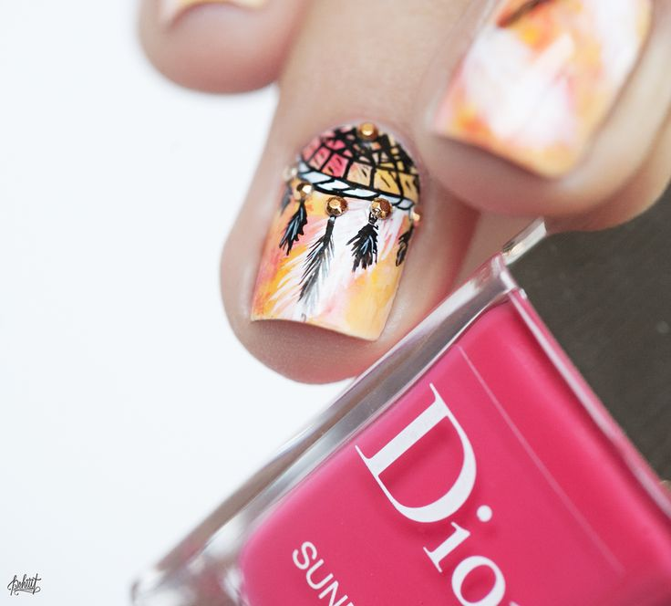 Nail art inspiration boheme chic dreamcatcher