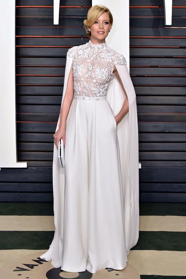 The Wedding Scoop's favorite bridal inspiration from the 2016 #Oscars // Elizabeth Banks in Ralph & Russo cape jumpsuit
