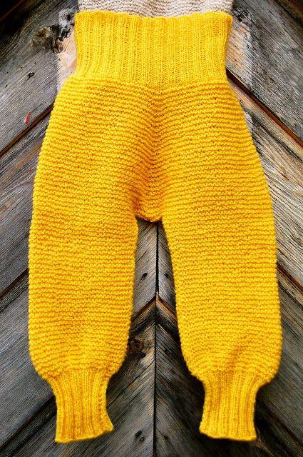 Rillestrikket bukse fra Nøstebarn