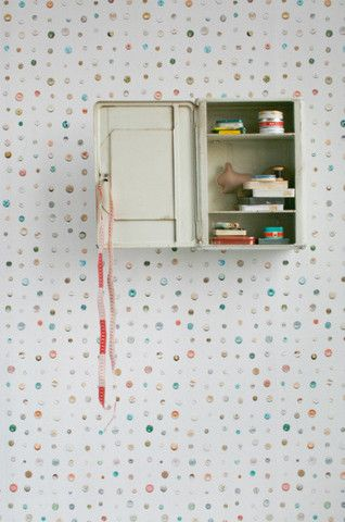 Removable Wallpaper Online — Studio Ditte Button Wallpaper