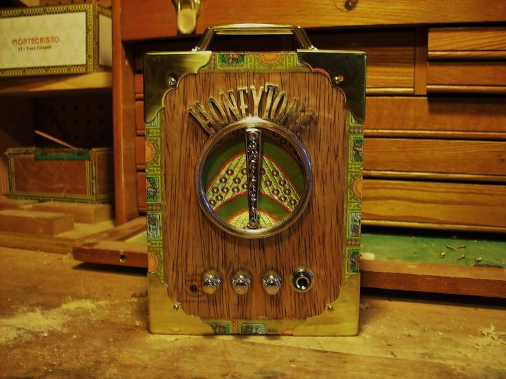 131 best images about guitar ouija cigar boxes and cigar box guitar portable amplifier