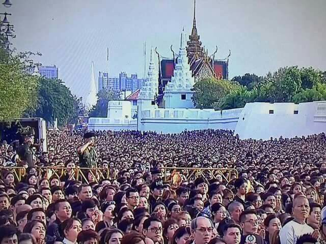 In remembrance of His Majesty King Bhumibol Adulyadej (1927 -2016). The Great King of Country Development. 🇹