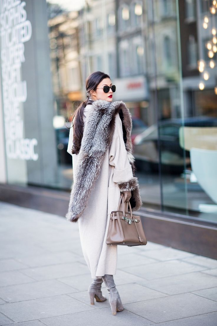 WALK AWAY Peony Lim: silver grey fur stole, off white woolen oversized coat, suede ankle boots, taupe handbag