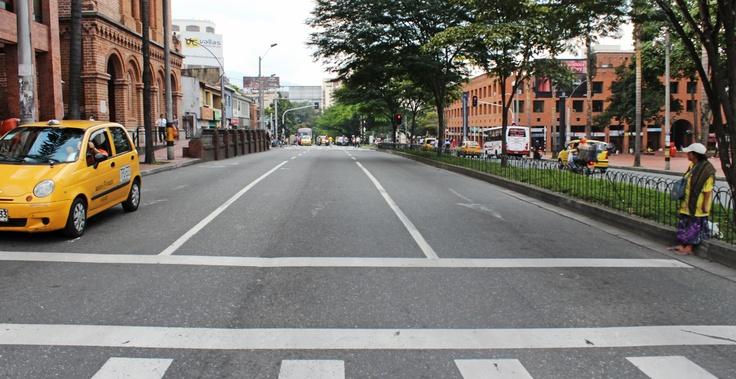 Avenida El Poblado 1:00 pm.