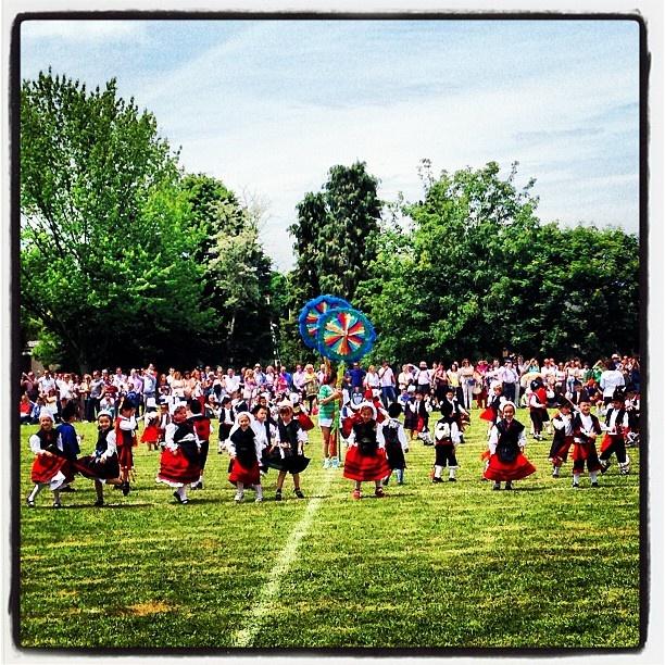 #fiesta #asturias #colegio #amigos #meres #niños #infantil #Padgram