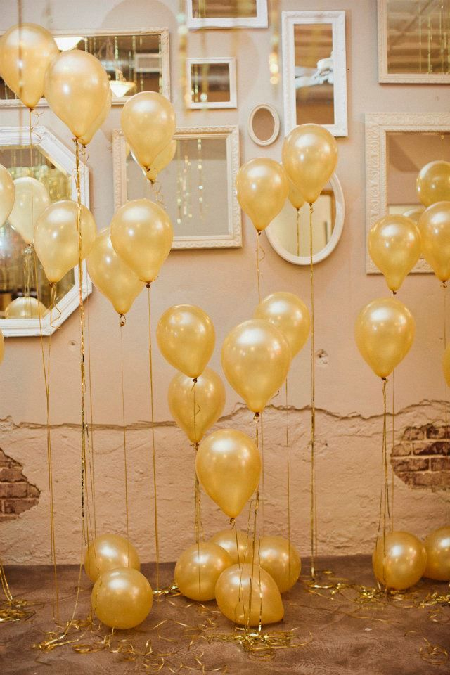 background... love the mirrors and balloons