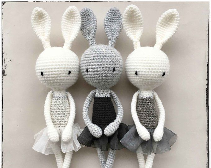 Doudou lapin au crochet - Un grand marché   540x680
