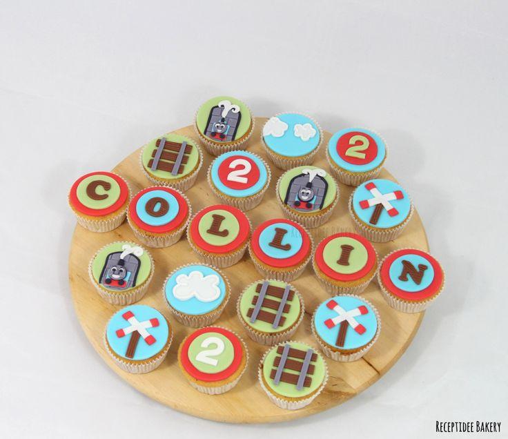 Thomas de Trein cupcakes!  Gefeliciteerd Collin met je 2e verjaardag! http://bakery.receptidee.nl #thomasthetrain #thomasdetrein #kinderverjaardag #kindertaart #taart #verjaardagstaart #kinderverjaardagstaart #treintaart #trein #birthday